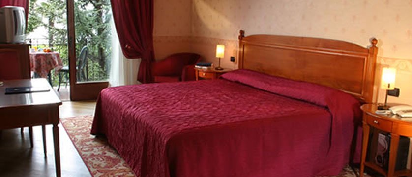 Catullo Hotel, Sirmione, Lake Garda, Italy - Lake view bedroom.jpg